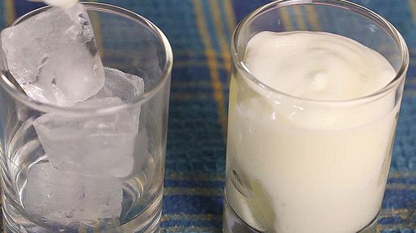 How to make Sweet Yoghurt Drink (Sweet Lassi)