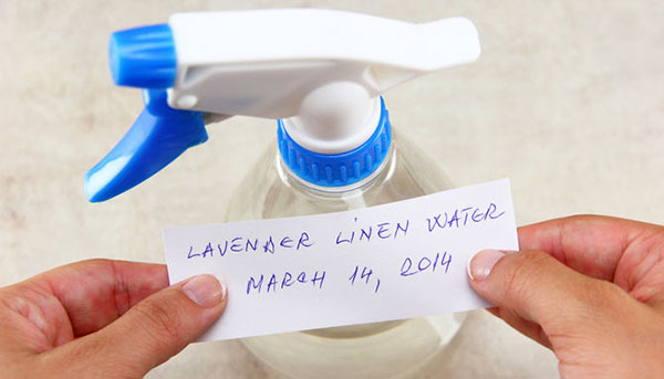 How to make lavender linen water