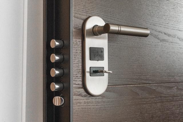 choose door handles security