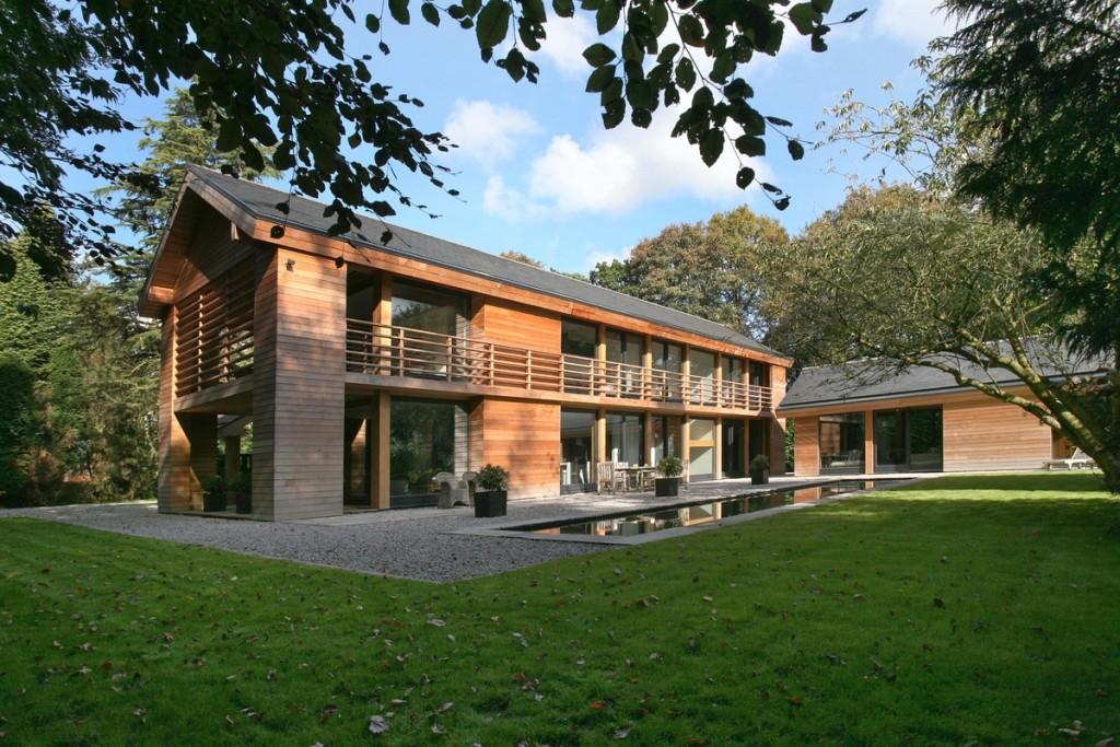 award-winning-red-cedar-home-treed-landscape-1